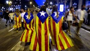 Ratingagentur Fitch prüft Herabstufung Kataloniens