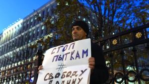 Was Russland mit seinen politischen Gefangenen macht