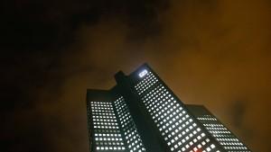 Deutsche-Bank-Aktienkurs schießt in die Höhe