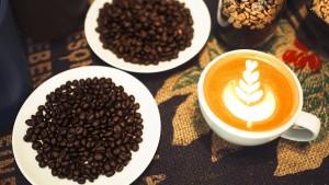 Vier Tassen Kaffee nützen der Gesundheit