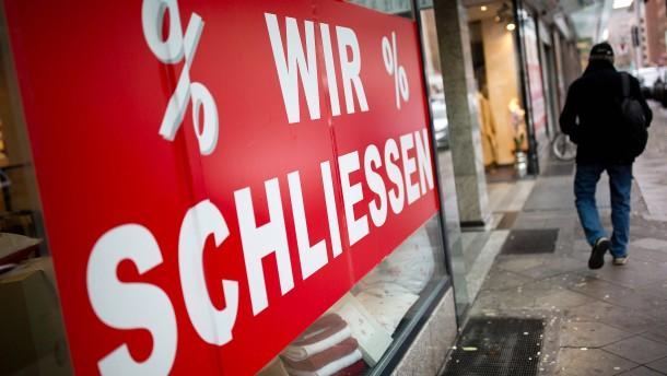 Unternehmen in Hessen hangeln sich durch