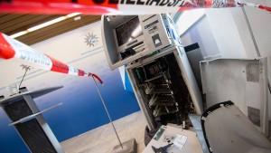 Automatensprenger gefasst – Aufregung um Mann mit Sturmhaube