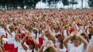 3000 Tänzer schwingen Hüften zu Ori Tahiti