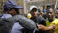 Demonstranten fordern Rücktritt von Präsident Zuma