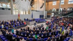 Bundestagsparteien für Verlängerung der Wahlperiode