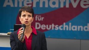 Justiz ermittelt gegen AfD-Kandidatin Petry