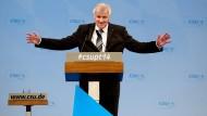Seehofer droht mit Veto bei Bund-Länder-Finanzbeziehungen