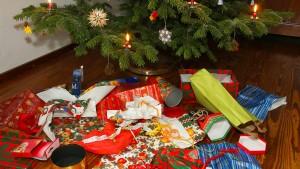 Dieb stiehlt Weihnachtsgeschenke