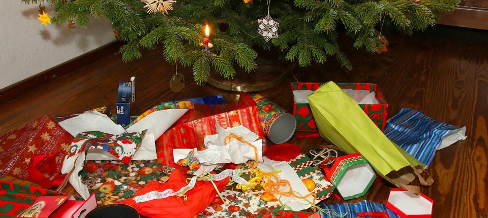 Schöne Weihnachtsgeschenke.Dieb Klaut Weihnachtsgeschenke Einer Familie In Mainz