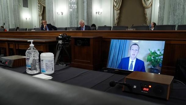 Facebook-Chef Zuckerberg befürchtet Unruhen