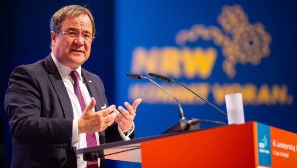 Laschet als Chef der nordrhein-westfälischen CDU bestätigt