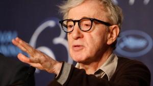 Woody Allen weist Vorwürfe von Mia Farrow zurück
