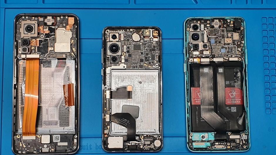 """5G-Smartphones """"made in China"""" - präsentiert vom litauischen Verteidigungsministerium."""