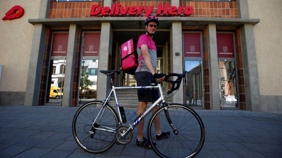 Im September 2015 übernahm Delivery Hero den Restaurant-Lieferdienst Foodora vom bisherigen Besitzer Rocket Internet.