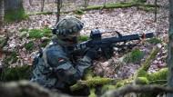 Fahnenflüchtiger deutscher Fallschirmjäger kämpft angeblich in Ostukraine