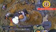 Kind aus Schlamm gerettet