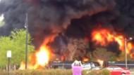 Güterzug geht in Flammen auf