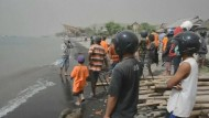 Vulkan Sangeang weiterhin aktiv