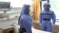 Charité probt den Ebola-Ernstfall