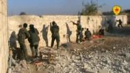 Amateuraufnahmen von Gefechten zwischen Kurden und IS