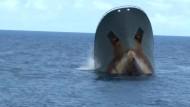 Umweltschützer retten Wilderer-Crew auf See
