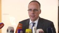 Hessens Innenminister zu den Festnahmen in Oberursel