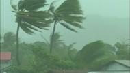Schwerer Tropensturm erreicht die Philippinen