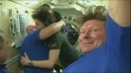 Crew auf dem Rückweg zur Erde
