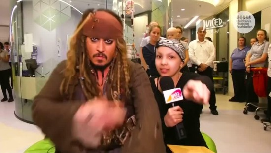 Johnny Depp entert Klinik