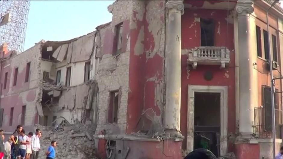 Explosion vor italienischem Konsulat in Kairo