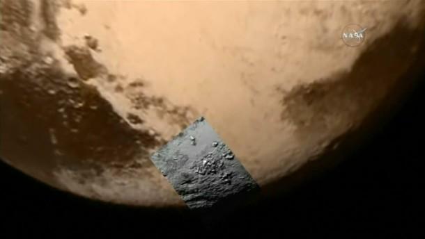 Einzigartige Aufnahmen zeigen Oberfläche von Pluto