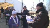 Mazedonien öffnet Grenze für ausgewählte Flüchtlinge