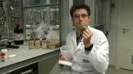 Forscher produzieren Benzin aus Sägemehl
