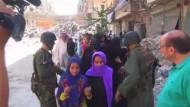 Erste Zivilisten sollen belagertes Aleppo verlassen haben
