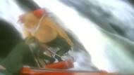 Kranker Taucher wird von Fischerboot gerettet
