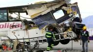 Mindestens 13 Tote bei Busunfall in Kaliforniens