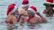 Weihnachtliches Winterbaden in Berlin