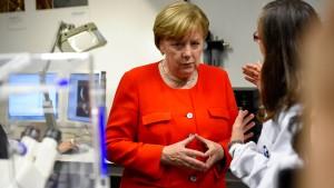 "Merkel warnt vor ""Brain Drain"""