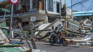 Zwei heftige Erdbeben erschüttern Lombok