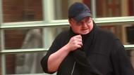 Kim Schmitz, alias Dotcom, auf dem Weg zu einem Gerichtstermin.