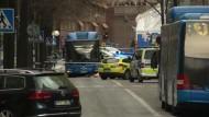 LKW tötet Menschen in Einkaufsstraße