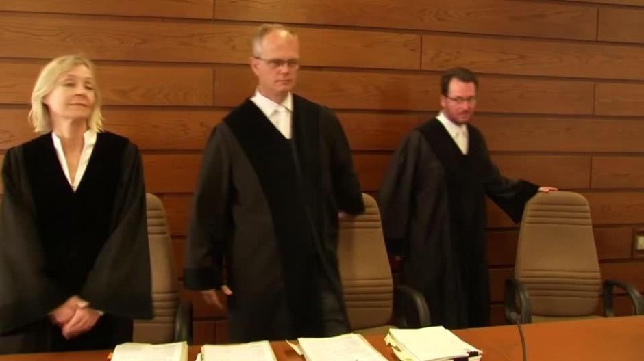 Gericht spricht Kohl eine Million zu