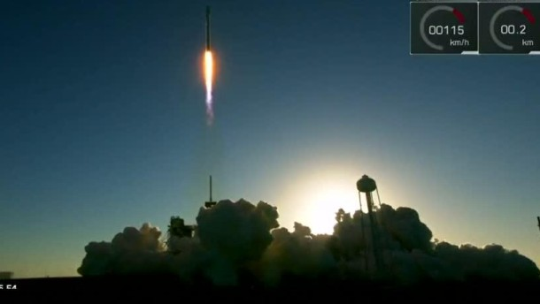 SpaceX bringt tonnenschweren Satelliten ins All