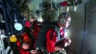 Amerikanische Luftwaffe rettet deutsche Segler
