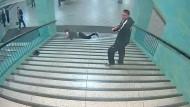 Berliner Polizei sucht U-Bahn-Schläger