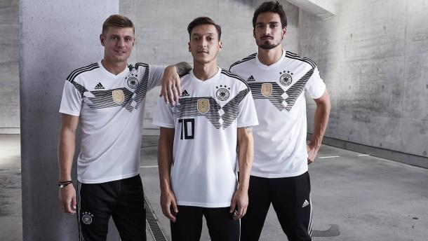 Wer am deutschen WM-Trikot verdient