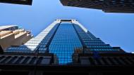 Der Deutsche Bank Turm in der Wallstreet