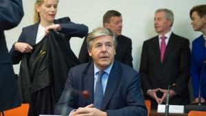 Bundesgerichtshof prüft Freisprüche von Ackermann & Co.