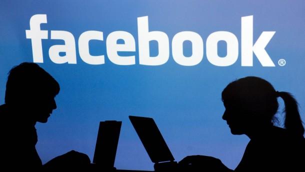 Facebook schüttelt Datenskandale ab