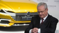 Der damalige Vorstandsvorsitzende der Volkswagen AG, Martin Winterkorn, bei einer Pressekonferenz am 12.03.2015. Im Winterkorn-Prozess um die Diesel-Affäre sind zeitliche Verzögerungen zu erwarten.